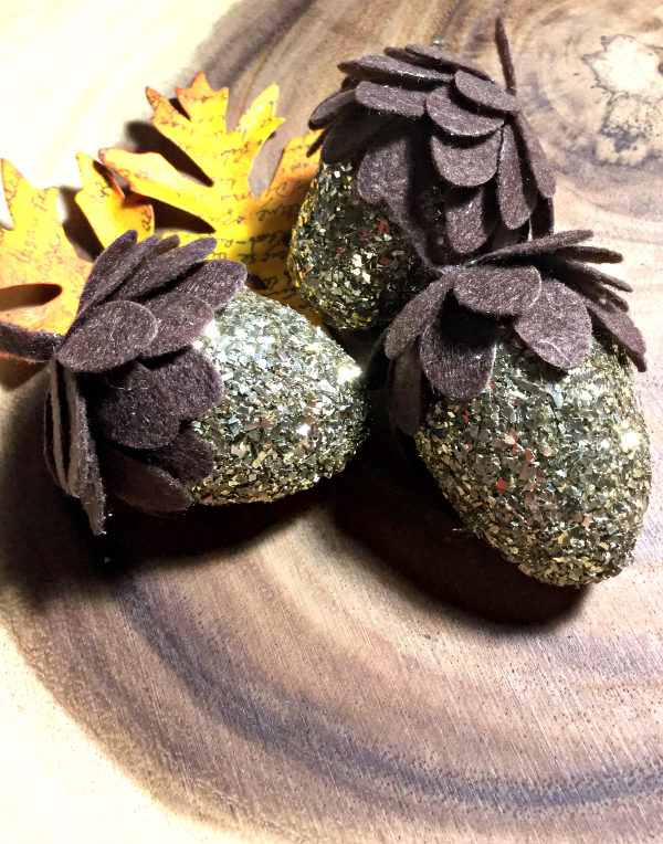 DIY Glitter Acorns with Sizzix Die