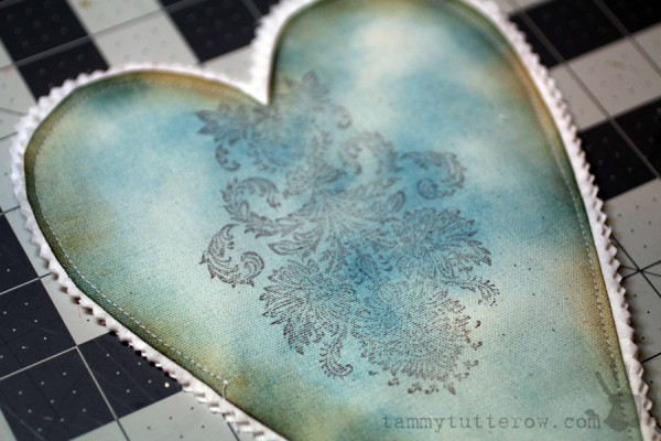 Tammy Tutterow | Felt Flower Gift Heart 6