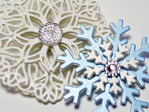 Snowflake-Pair-Photo