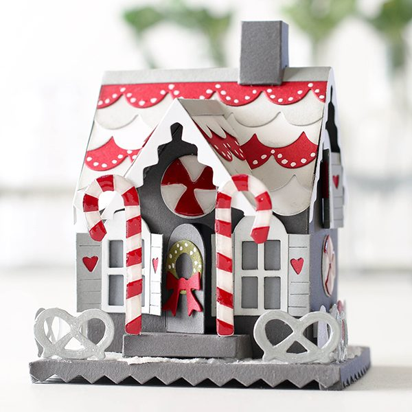 shari-carroll-gingerbread-house