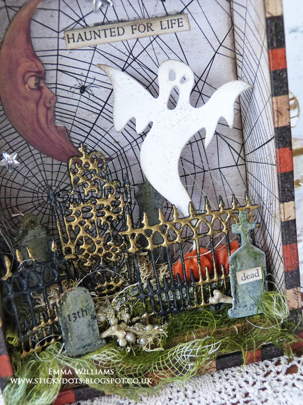 Village Graveyard Vignette Box